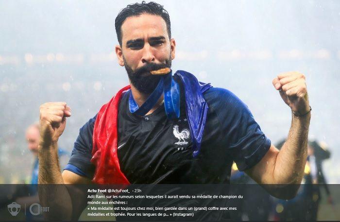 Bek timnas Perancis di Piala Dunia 2018, Adil Rami yang gajinya selama tiga bulan tidak dibayarkan klubnya, PFC Sochi.