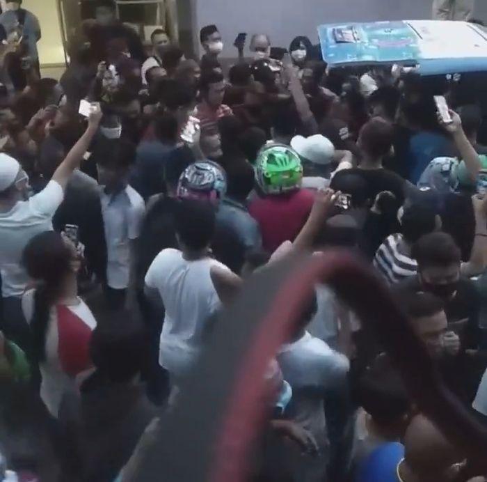 Keluarga ajak ratusan massa padati RS Pancaran Kasih