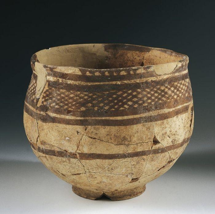 Mangkuk dark peradaban kuno Mesopotamia.