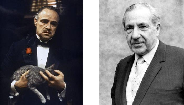 Marlo Brandon sebagai Vito Corleone Dan Frank Castello.