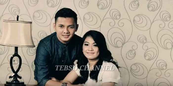 Dory Harsa dan mantan istri