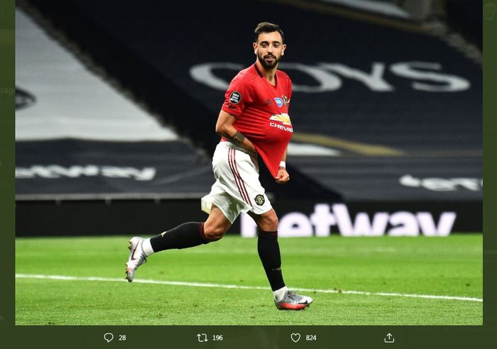 Aksi Bruno Fernandes merayakan golnya buat Manchester United.