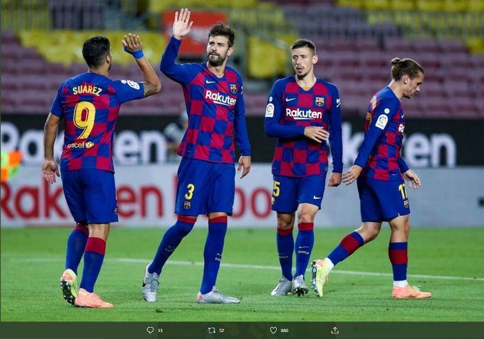 Striker Barcelona, Luis Suarez, dalam laga melawan Espanyol di Camp Nou, Rabu (8/7/2020).