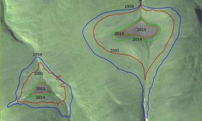 Area tutupan es yang semakin berkurang dari tahun ke tahun.