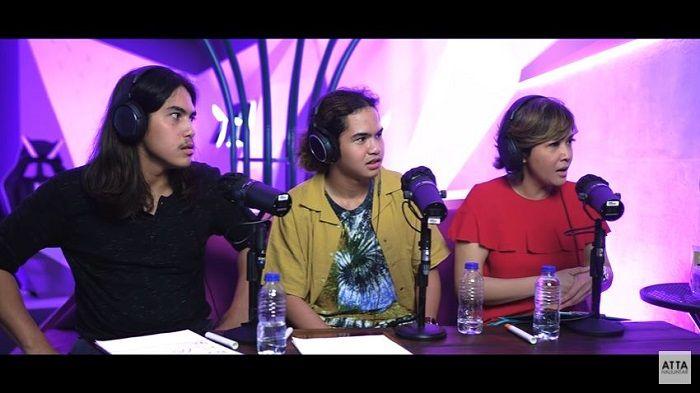 Maia Estianty saat jadi bintang tamu podcast Atta Halilintar bareng El Rumi dan Dul JaelaniYouTube/ Atta Halilintar