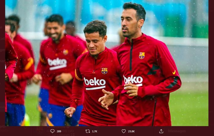 Philippe Coutinho dan Sergio Busquets ikut dalam sesi latihan tim Barcelona.