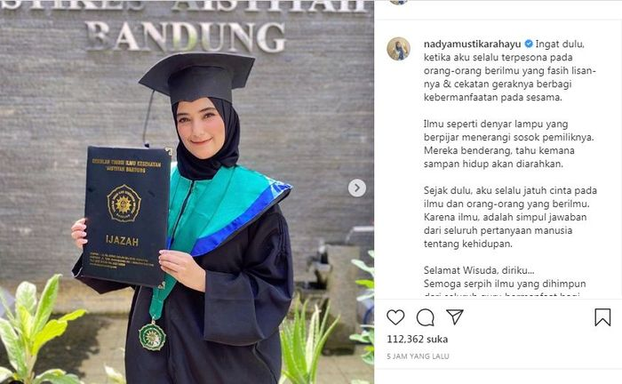 Rizki D Academy Beri Ucapan Selamat Wisuda Kepada Nadya Mustika Rahayu Netizen Ucapin Di Instagram Doang Tapi Enggak Datang