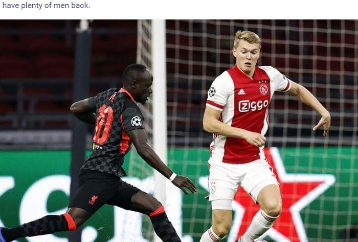 Penyerang Liverpool, Sadio Mane, beraksi dalam laga Grup D Liga Champions melawan Ajax di Stadion Johan Cruijff ArenA, Rabu (21/10/2020).