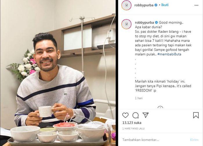 Robby Purba tengah menjalani perawatan di rumah sakit.Instagram pribadinya @robbypurba