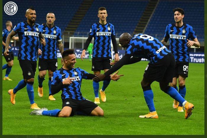 Gol Lautaro Martinez memastikan Inter Milan menang 4-2 atas Torino dalam lanjutan Liga Italia di Giuseppe Meazza, 22 November 2020.
