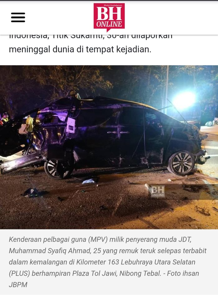 Foto mobil dari Syafiq Ahmad seusai mengalami kecelakaan di Lebuhraya Utara Selatan, Plaza Tol Jawi, Nibong Tebal, Malaysia, 6 Desember 2020
