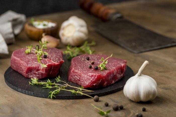 Jangan memasak daging merah dengan bahan makanan berikut ini.