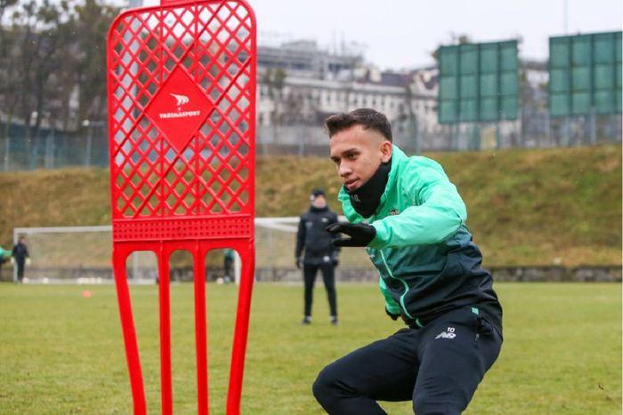 Seusai mengikuti TC Timnas U-22 Indonesia, Egy Maulana Vikri kembali ke Lechia Gdansk untuk kembali berlatih menghadapi paruh kedua Ekstraklasa (Liga Polandia) 2020-2021.