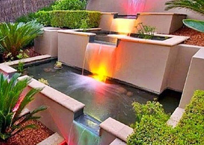 Deskripsi penggunaan refleksi untuk kolam di Tamana.