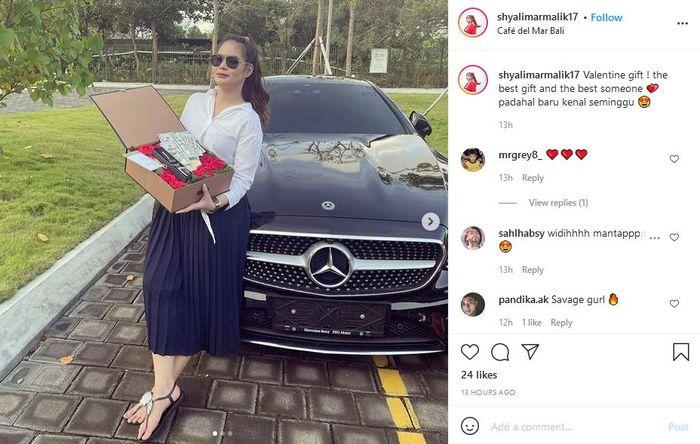 Shyalimar Malik dapat hadiah spesial dari kekasih barunya