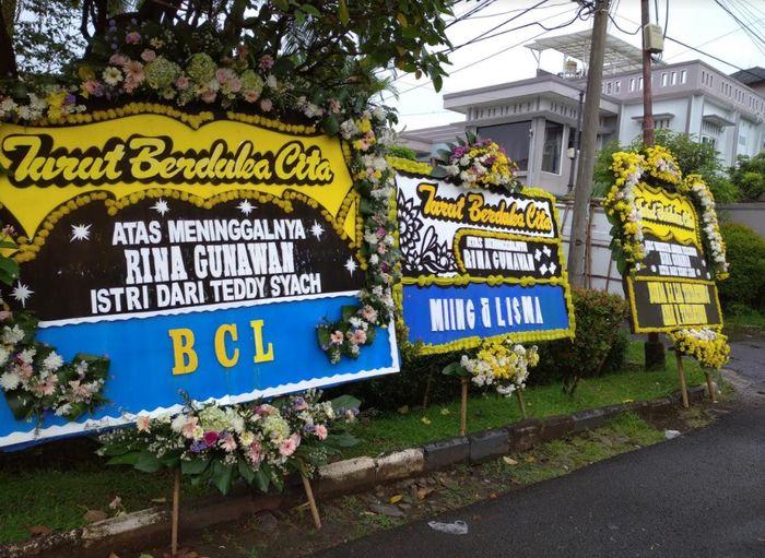 Rumah duka Rina Gunawan