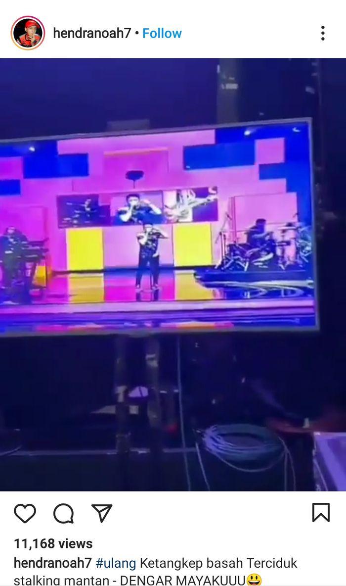 Band Noah tampil menyanyikan 'Separuh Aku'.