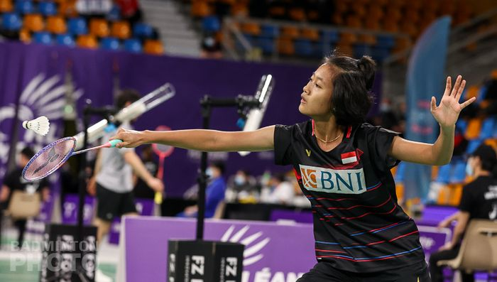 Aksi pemain tunggal putri Indonesia, Putri Kusuma Wardani, pada babak 32 besar Orleans Masters 2021 di Palais des Sports, Orleans, Prancis, 24 Maret 2021.