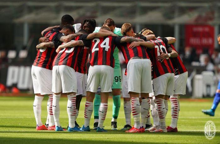 Para pemain AC Milan dalam laga melawan Sampdoria, Sabtu (3/4/2021).
