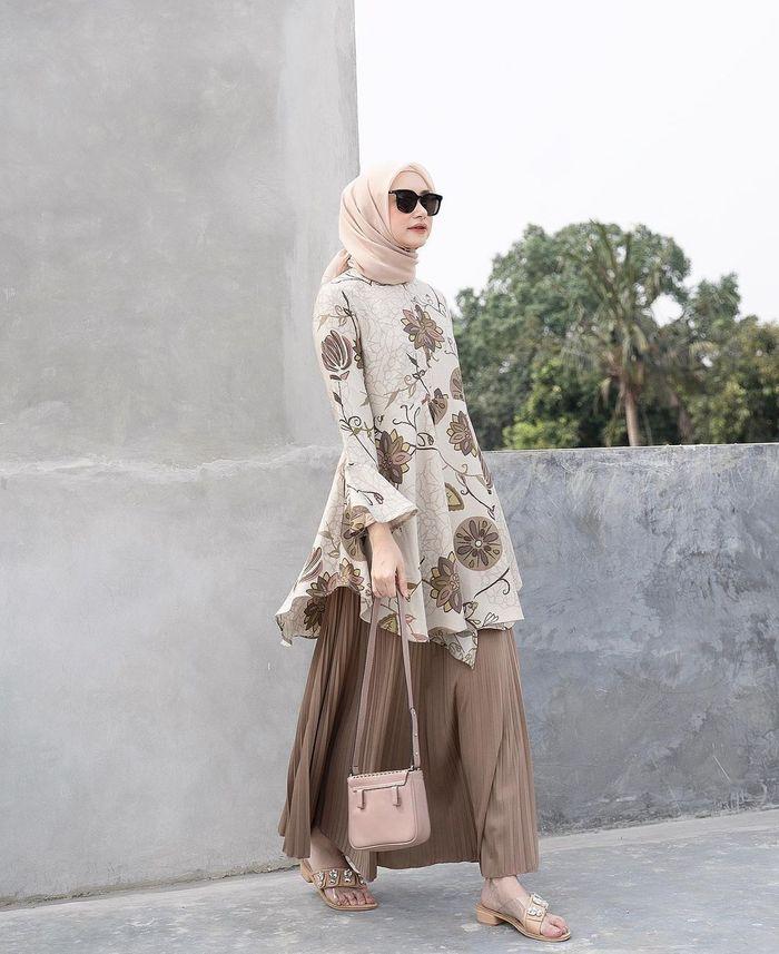 Inspirasi Rok Hijab Lebaran - Rok Plikset dan Tunik