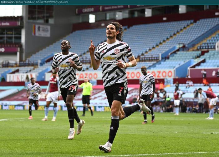 Edinson Cavani mencetak gol ketiga Manchester United dalam kemenangan 3-1 atas Aston Villa dalam lanjutan laga pekan ke-35.