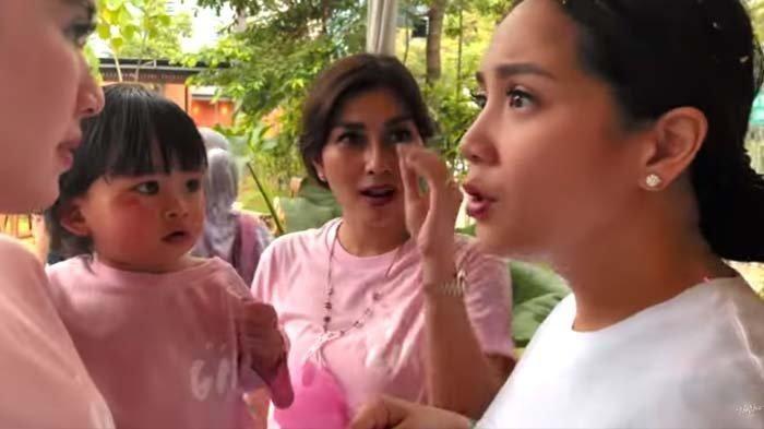 Nagita Slavina syok lihat wajah anaknya Syahnaz memar-memar
