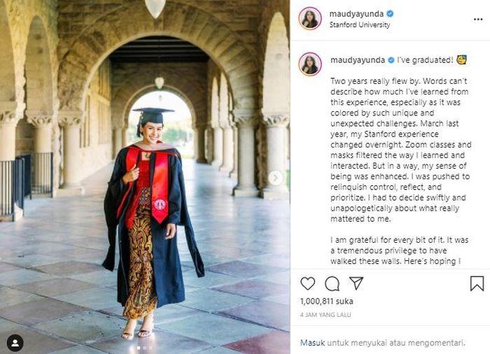 Aktris muda Maudy Ayunda memberikan kabar bahagia tentang kelulusannya dari Stanford University, Amerika Serikat.