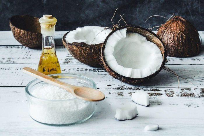 Minyak kelapa sebagai lemak tambahan justru baik untuk MPASI buah hati