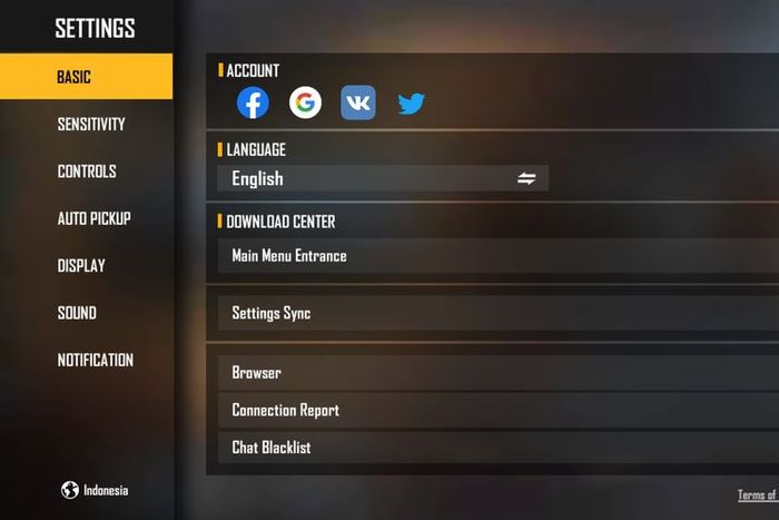 Free Fire Settings menu for linking accounts on Google, Facebook, and Twitter