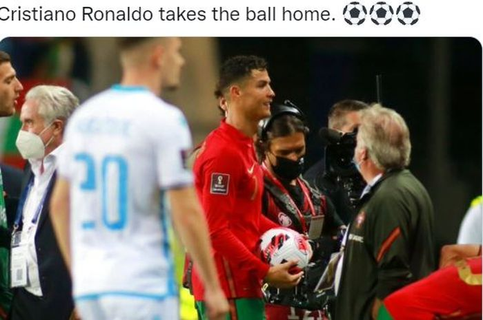 Ekspresi megabintang timnas Portugal, Cristiano Ronaldo, seusai mengalahkan timnas Luksemburg dalam laga Grup A Kualifikasi Piala Dunia 2022 Zona Eropa di Stadion Algarve, Selasa (12/10/2021).