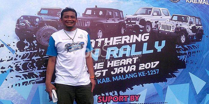 Asisten pelatih Arema FC, Kuncoro, ikut meramaikan acara Gathering Fun Rally dalam rangka ulang tahu