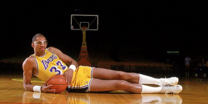 Kareem Abdul Jabbar saat membela LA Lakers