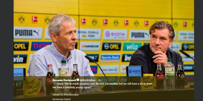 Pelatih Borussia Dortmund, Lucien Favre (kiri), dalam konferensi pers.