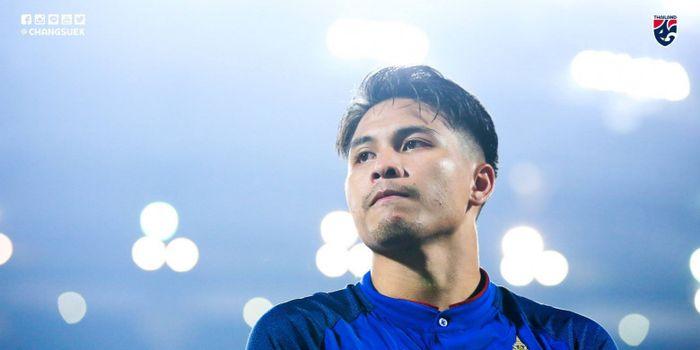 Gelandang timnas Thailand, Thitipan Phuangcan, saat melawan Timor Leste pada Piala AFF 2018, Jumat (