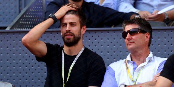 Bek Barcelona, Gerard Pique, saat menghadiri Madrid Terbuka pada Senin (8/5/2017)