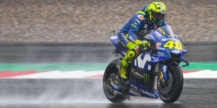 Valentino Rossi saat menjalani sesi latihan bebas MotoGP Austria 2018 di Red Bull Ring, Minggu (10/8/18).