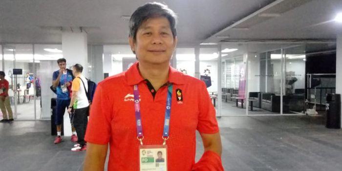 Pelatih ganda putra Indonesia, Herry Iman Pierngadi, berpose seusai menjawab pertanyaan dari awak me