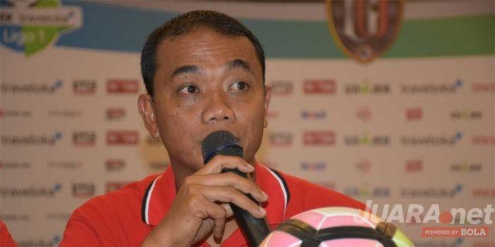 Caretaker pelatih Bali United, Eko Purdjianto saat jumpa wartawan usai laga melawan Semen Padang di