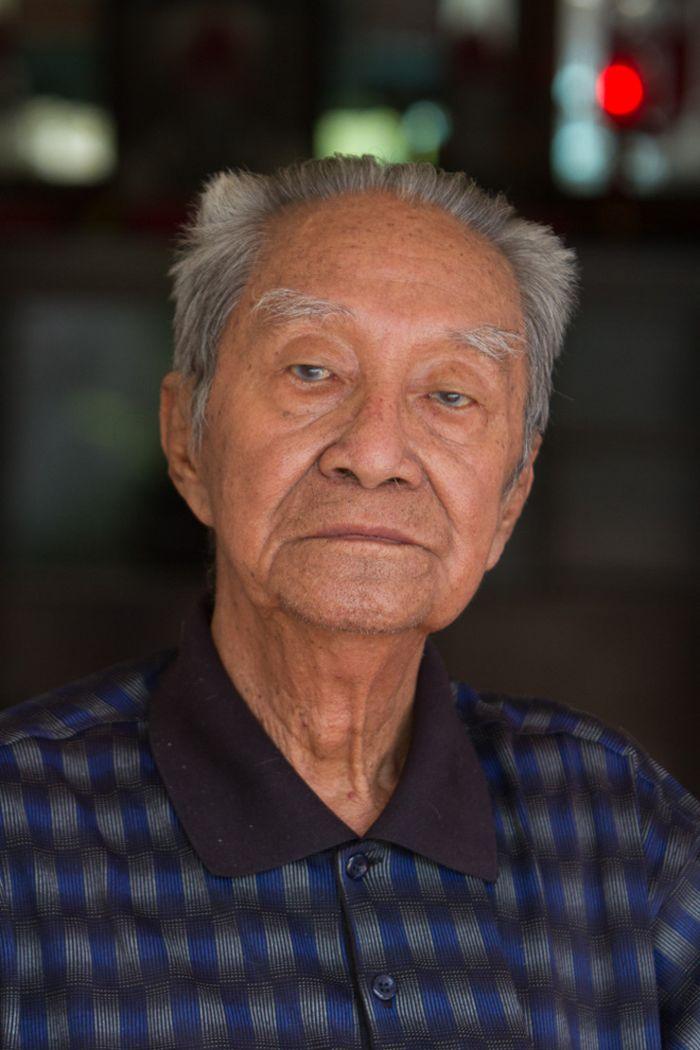 "Djie Tong memberikan pesan pada kita, ""Ada mata jangan lihat selihat-lihatnya. Ada kuping denger jangan sedenger-dengernya. Ada hidung jangan seendus-endusnya. Ada mulut jangan sekecap-kecapnya."""