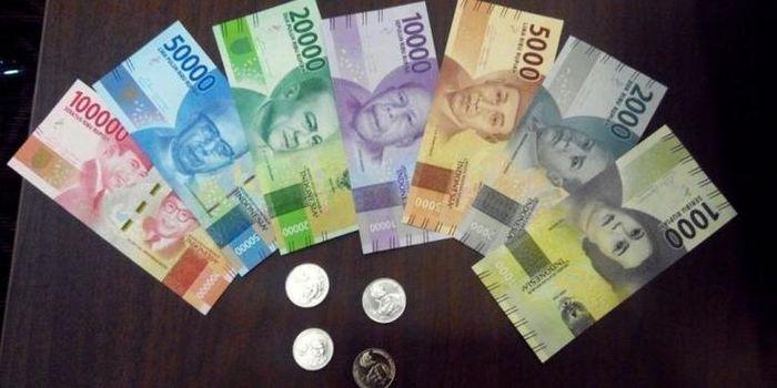 Uang Rupiah.