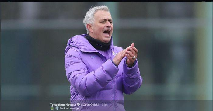 Man United Vs Tottenham, Jose Mourinho Ahlinya Menyakiti Mantan