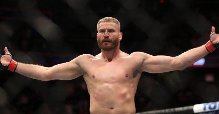 Begini Jawaban Garang Raja Kelas Berat Ringan UFC saat Ditanyai Warna Favoritnya