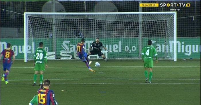 Hasil Copa del Rey - Dua Kali Gagal Penalti, Barcelona Butuh 120 Menit Singkirkan Klub Kasta Ketiga