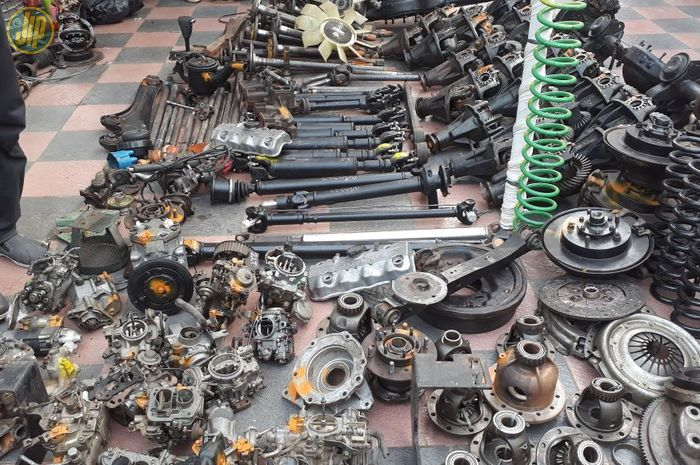 Spare Part SUV 4x2 dan 4x4
