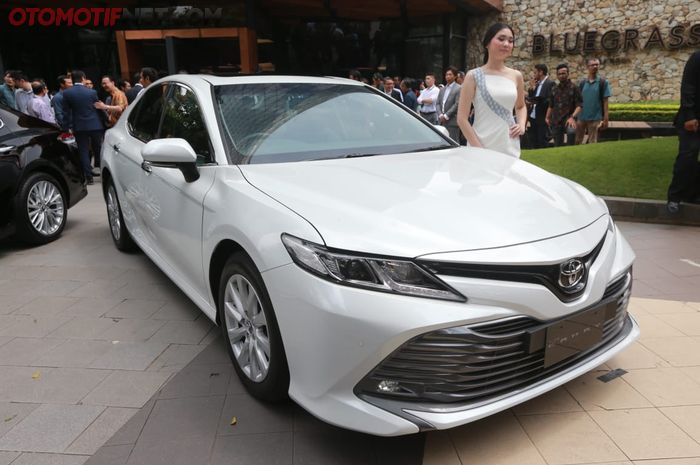 Toyota All New Camry V