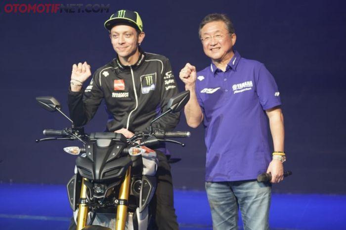 Valentino Rossi turut memperkenalkan Yamaha MT-15 di Indonesia.