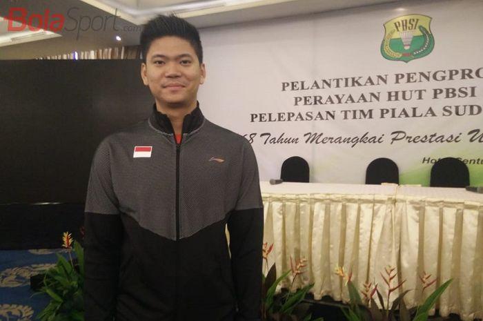 Pebulu tangkis ganda campuran Indonesia, Praveen Jordan, berpose seusai pelepasan tim Piala Sudirman 2019 di Hotel Century Senayan, Jakarta, Sabtu (11/5/2019)