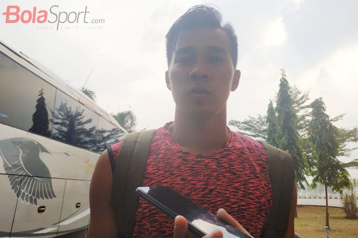 Kiper Tira Persikabo, Angga Saputra di Stadion Pakansari, Kabupaten Bogor, Rabu (14/8/2019).