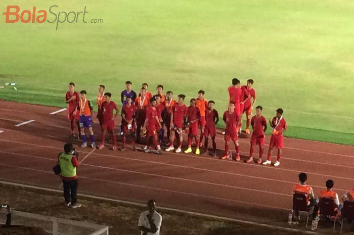 Momen para pemain timnas U-16 Indonesia setelah membantai Kepulauan Mariana Utara 15-1 di laga kedua Kualifikasi Piala Asia U-16 Grup G.