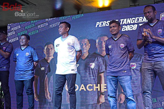 Coach Widodo Cahyono Putro dan jajaran pelatih Persita Tanggerang menjelang Liga 1 2020 di Holywings Serpong, Tanggerang (26/2/2020)